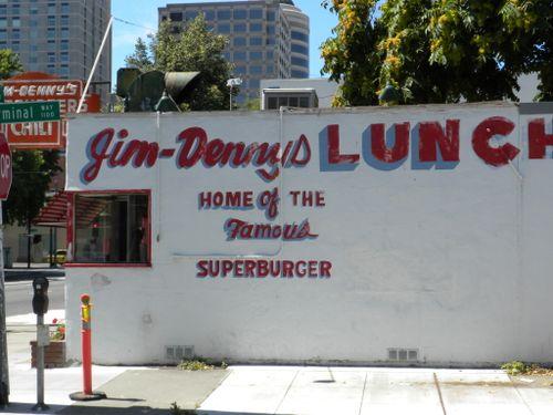 Jim-Denny's Lunch: good hamburgers
